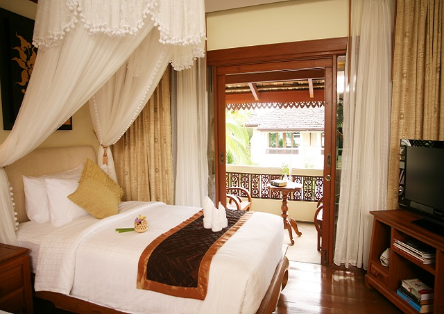 A Lanna Deluxe room 1 night for 2 persons